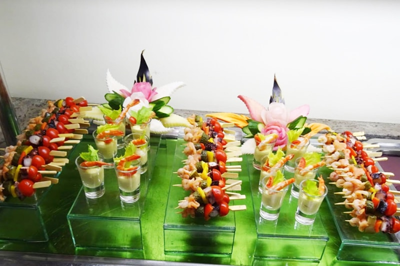 Amuse bouche and fruit